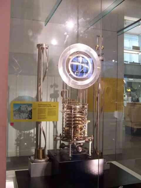800px Clock of the Long Now 480x640 O bizarro relógio que faz tique uma vez ao ano e vai marcar o tempo por 10.000 anos
