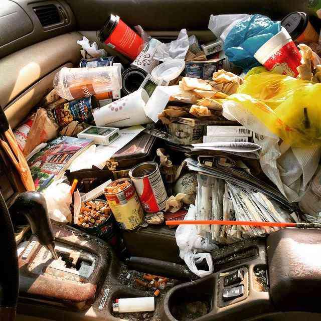 Q4JrP7s Carro sujo: Você não vai acreditar no grau de imundície desse carro!