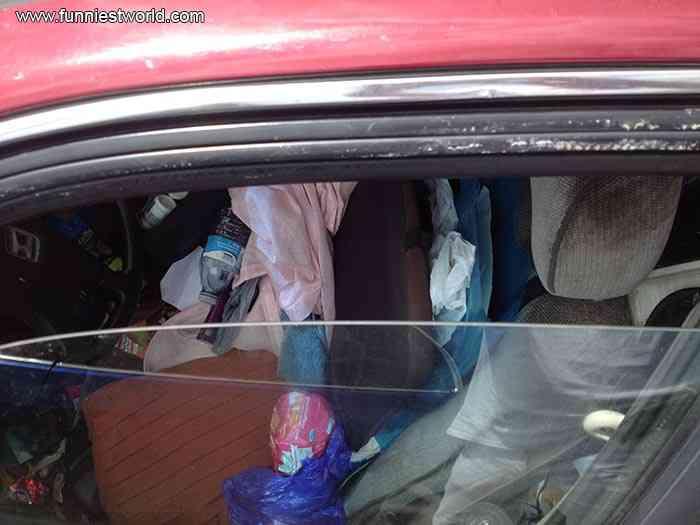 garbage car 2 Carro sujo: Você não vai acreditar no grau de imundície desse carro!