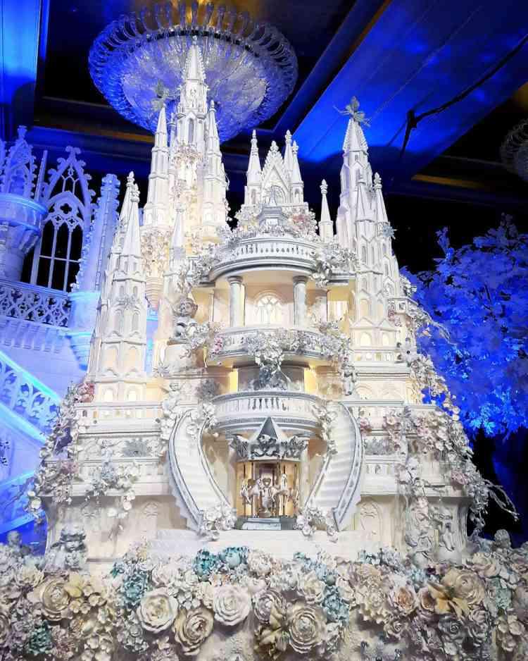 LeNovelle Cake 750x938 Os mais incríveis bolos de casamento da Indonésia