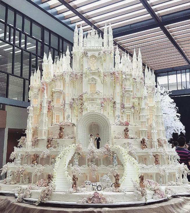 bolcas Os mais incríveis bolos de casamento da Indonésia