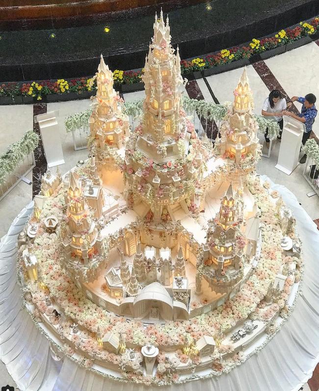 bolocasamento2 Os mais incríveis bolos de casamento da Indonésia