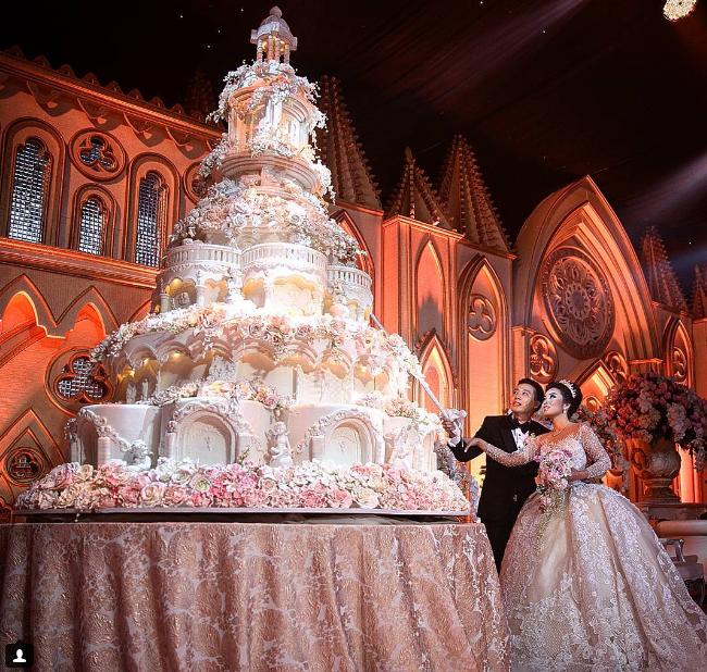 casamcake Os mais incríveis bolos de casamento da Indonésia