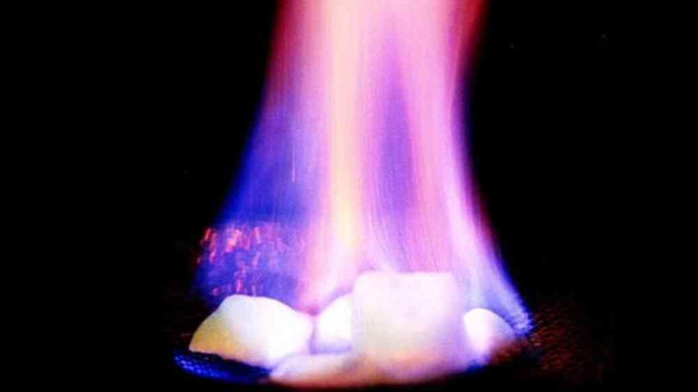 gelo combustivel O gelo inflamável vem aí e pode mudar o mundo
