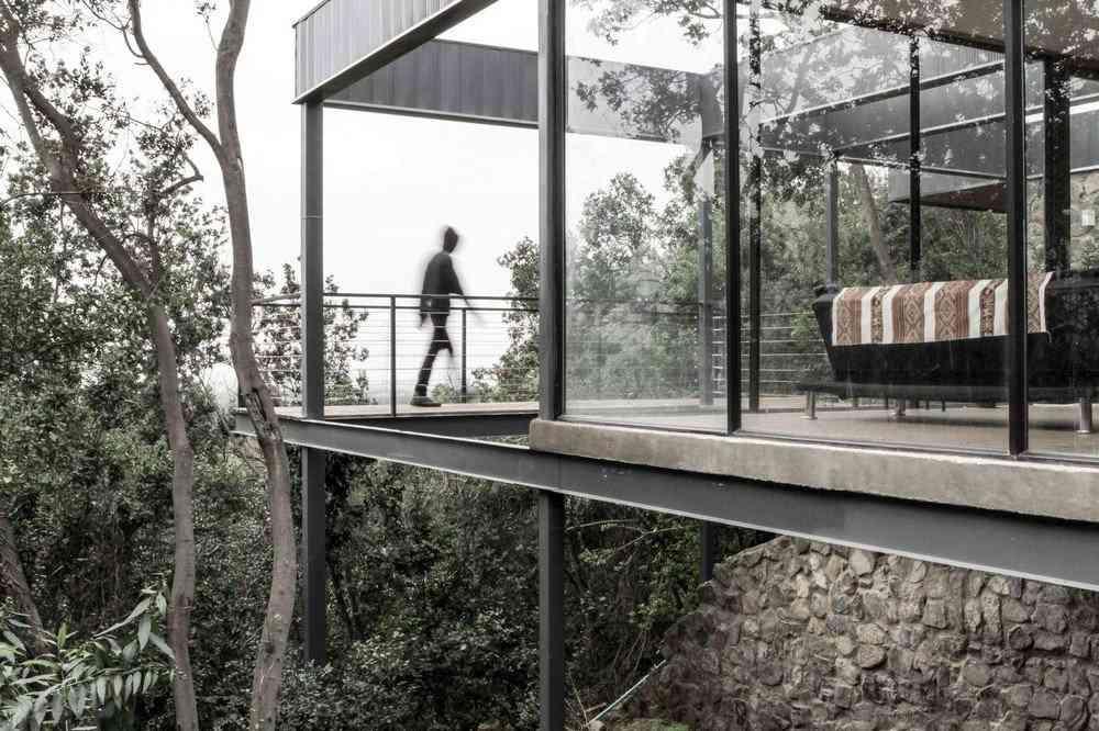 0 1da3e2 c9a09a54 orig Uma bela casa nas montanhas do Chile