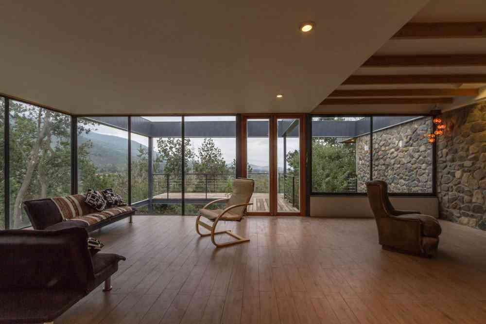 0 1da3e9 b3b424ea orig Uma bela casa nas montanhas do Chile