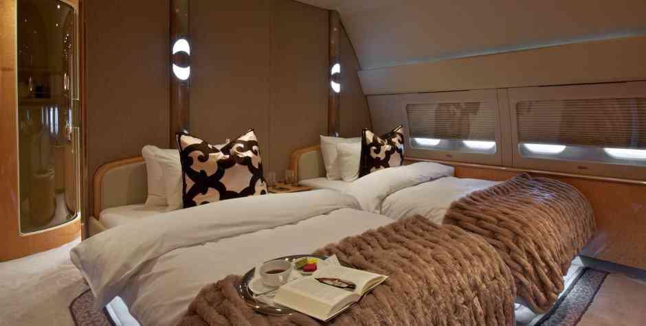 master bedroom 767 A casa do Mugabe