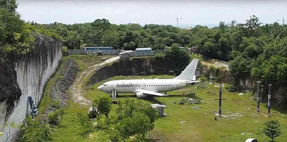 0 1f9c62 9774b48 orig O mistério do avião aparecido