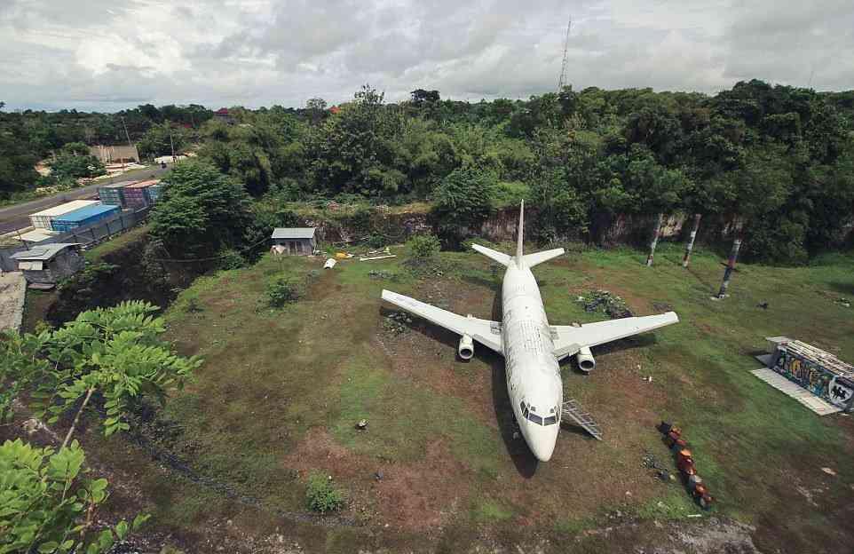0 1f9c64 33eb11cf orig O mistério do avião aparecido