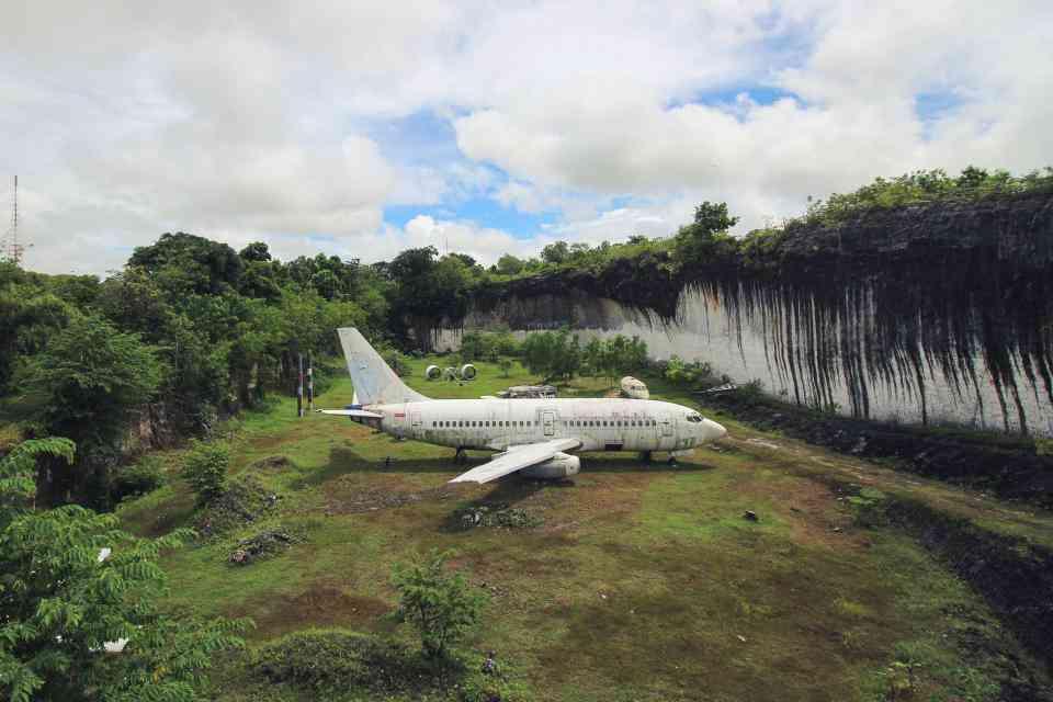 0 1f9c65 30e2a505 orig O mistério do avião aparecido