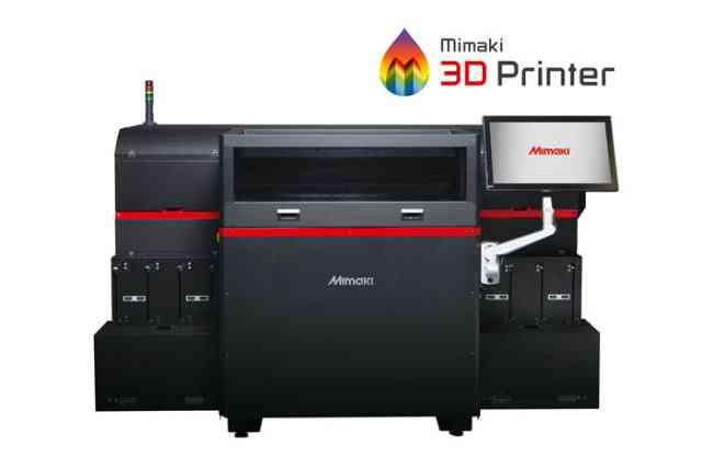 A primeira impressora 3D de Mimaki é o LED UV Mimaki 3DUJ-553, que cura camadas de fotopolímeros em objetos sólidos e coloridos. (Imagem cortesia de Mimaki.)