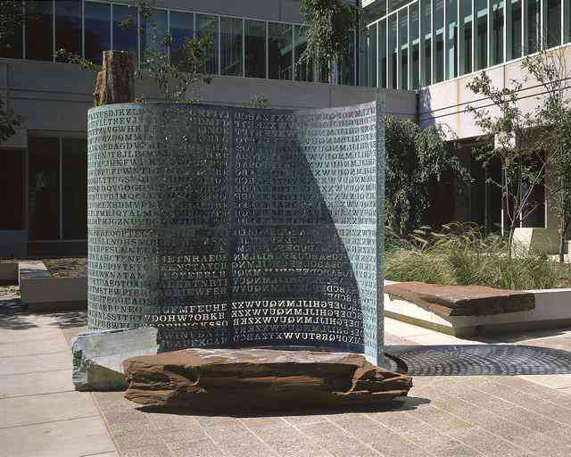 Kryptos sculptor Kryptos, a escultura misteriosa