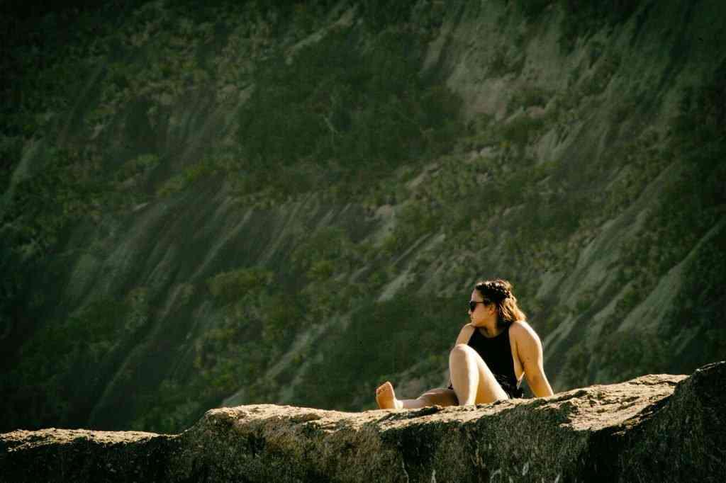 mulher no sol 1024x682 Uma tarde na praia
