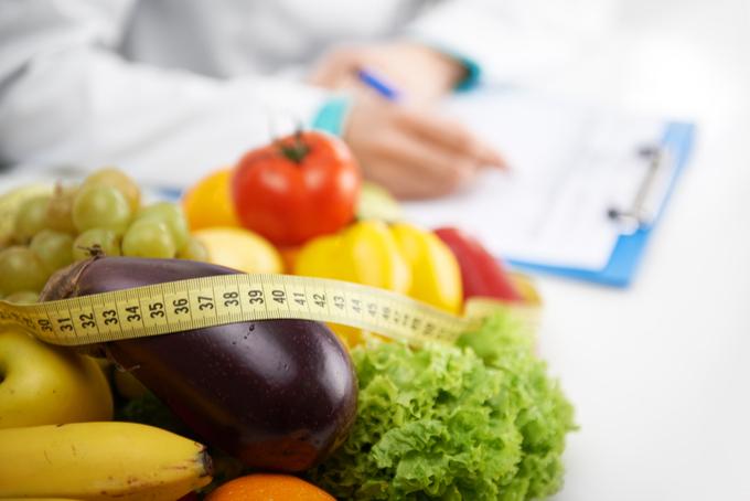 Obesidade x Reeducação Alimentar por Dra. Letícia Manduca