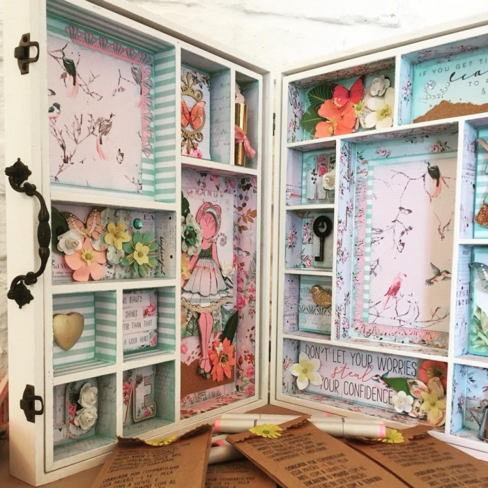 Scrapbook Sarau - Maleta Doll House
