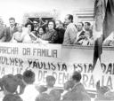 No palanque (31 de março de 1964), Duda proferindo discurso ao lado de Ciro Albuquerque, Sidney da Cunha, Murilo Antunes Alves, Olavo Hungria, Cônego Luiz de Almeida, Zica Borba entre outros