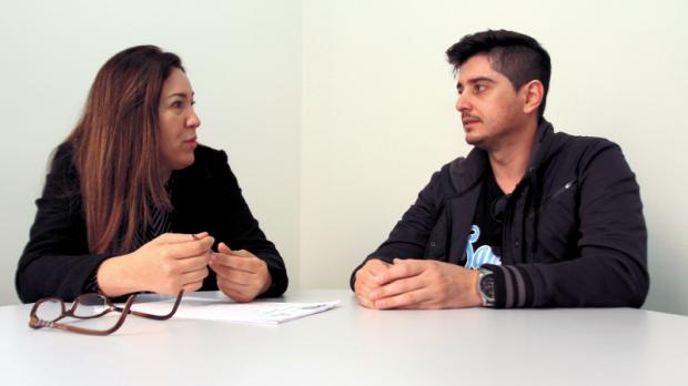 A especialista em coaching de Itapetininga, Carol Guerino, realiza uma sessão com o empresário Flávio Rodrigues, ele afirma que já conseguiu identificar e corrigir alguns erros em decisões profissionais