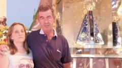 Lúcia de Fátima Vieira Betti e seu esposo Humberto Donizzeti Betti atribuem cura de um aneurisma hemorrágico a interseção da mãe de Jesus