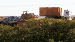 Vereadores questionam que o lixo contratado para ser transportado para Itapevi seria supostamente desviado para o aterro localizado em Cesário Lange