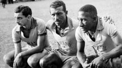 Zizinho, o mestre Ziza,  junto com os jogadores Formiga e Djalma Santos, na Seleção Brasileira, mesma época era estrela do Flamengo