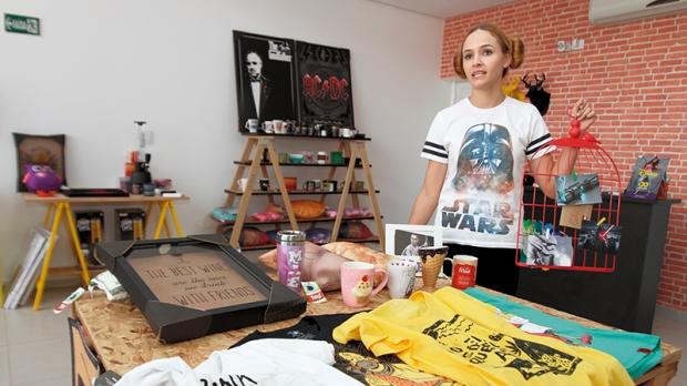 Débora Orcia é proprietária de uma loja de presentes e mostra algumas alternativas diferentes para presentear as mamães mais moderninhas