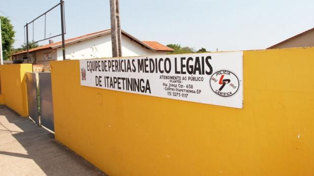 Número reduzido de legistas da Polícia Civil, que atendem ao Instituto Médico Legal de Itapetininga, seria a causa da demora na liberação dos corpos