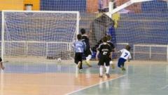 Começou na última quinta, dia 1º, a Copa Baby de Futsal, que mobiliza mais de 300 crianças e adolescentes, próxima rodada será neste final de semana