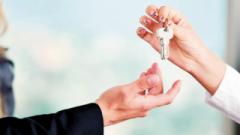 A busca por locação de casas tem crescido desde meados de 2015, a expectativa é que fique no mesmo patamar que a procura pela aquisição de imóveis