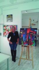 Itapetiningana, Angela de Oliveira é curadora de artes, artista plástica, produtora cultural e tem se destacado com exposições em todo o Brasil e exterior