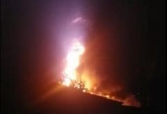 Equipes conseguiram controlar o fogo após duas horas de trabalho e foram necessários 16 mil litros de água. Ninguém ficou ferido.