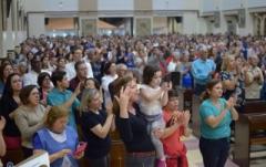 Na quinta-feira, dia 12, Dia da Padroeira, a partir das 7h será distribuído bolo com as medalhas da santa