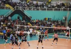 A estreia de Itapetininga foi contra o SESI-SP, uma das melhores equipes de vôlei do país