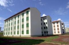 há 18 anos, em 2001 foram entregues 446 unidades habitacionais (sendo 352 apartamentos e 94 casas).