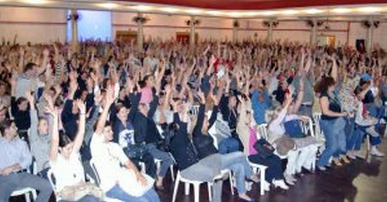 Assembleia do dia 3/5/2011