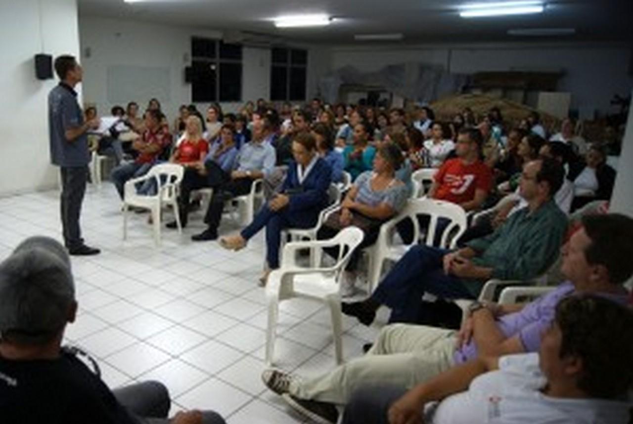 No dia 6 de maio as propostas da Prefeitura de Joinville serão avaliadas por todos os trabalhadores. Foto: Francine Hellmann
