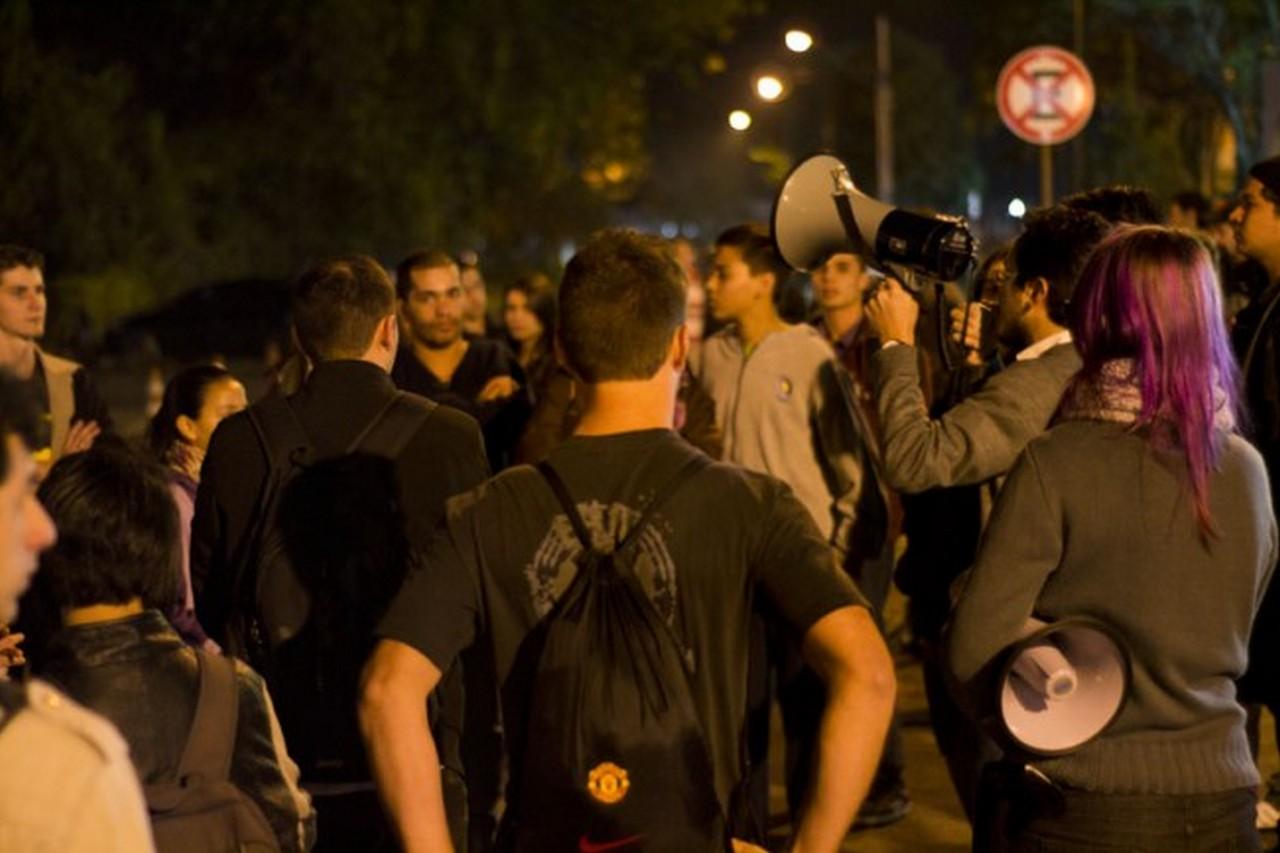 Movimento começou na luta contra cobrança de estacionamento. Foto: Jean Almeida