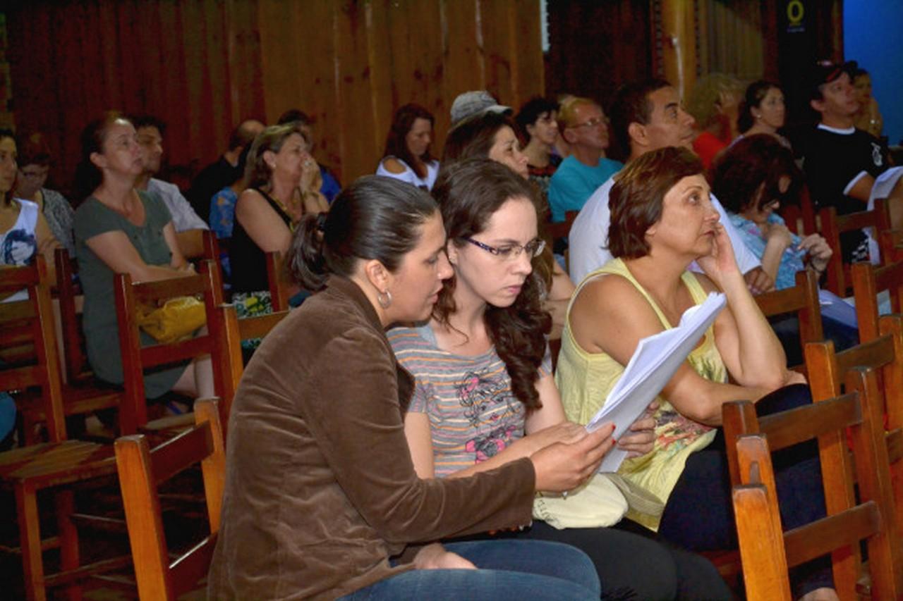 Servidores debateram proposta de Estatuto