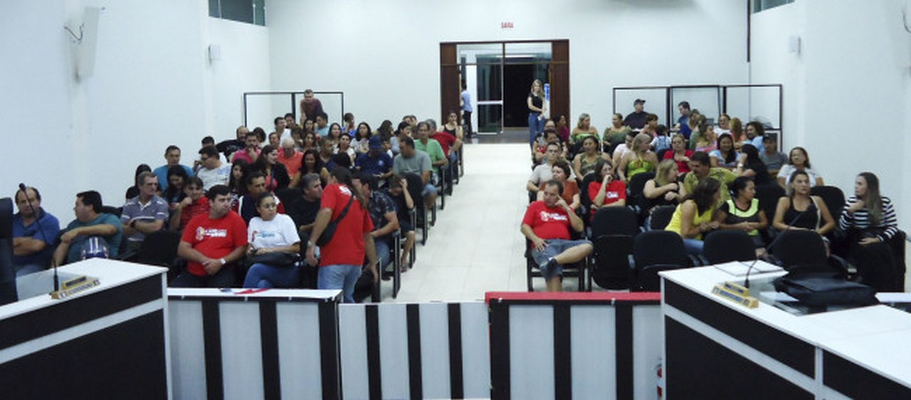 Servidores de Itapoá deram recado para o prefeito e ameaçam entrar em greve