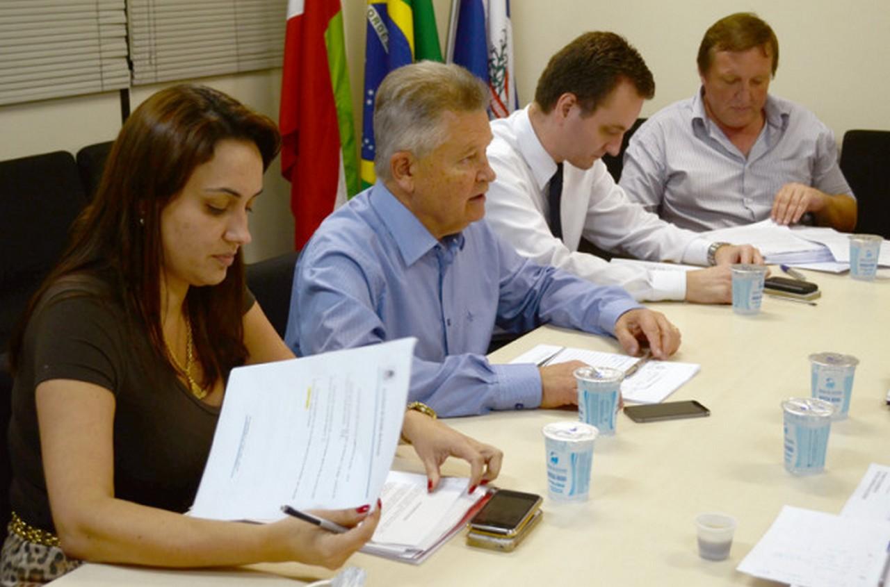Prefeito e equipe de governo alegaram falta de condições financeiras I Foto: Francine Hellmann