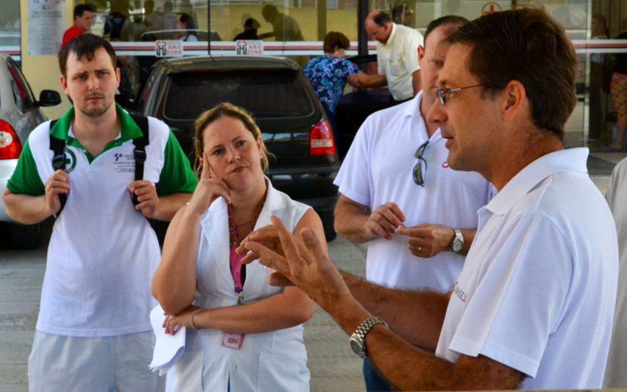 Respostas do governo foram repassadas aos trabalhadores I Foto: João Diego Leite