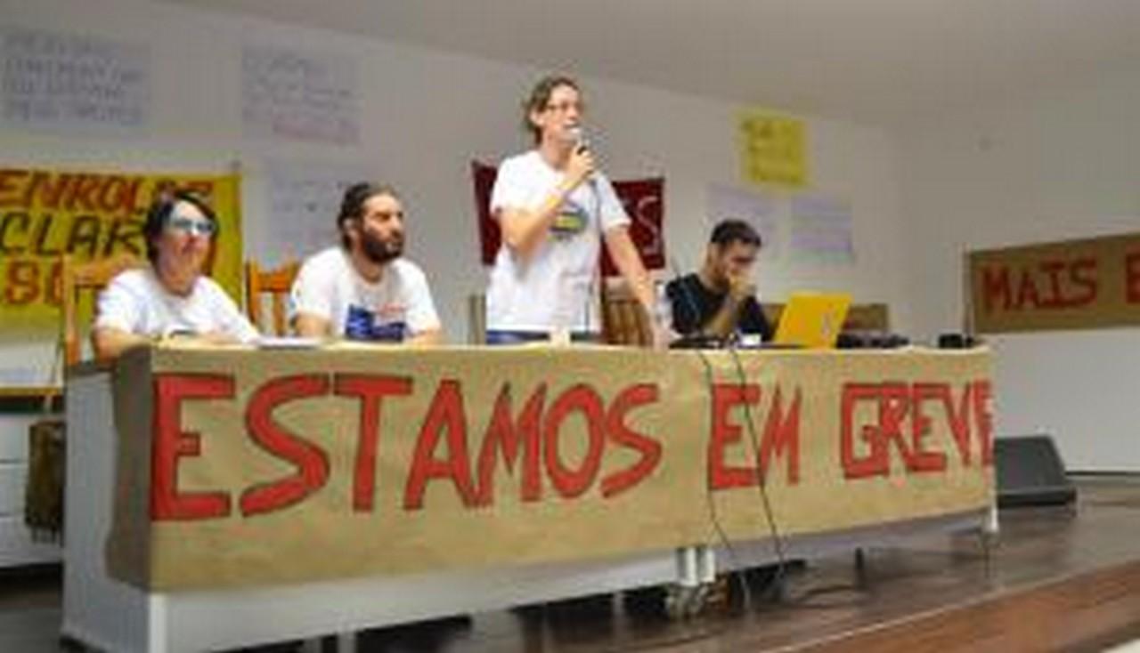 O Sinsej está ao lado dos trabalhadores estaduais em Educação I Foto: Aline Seitenfus