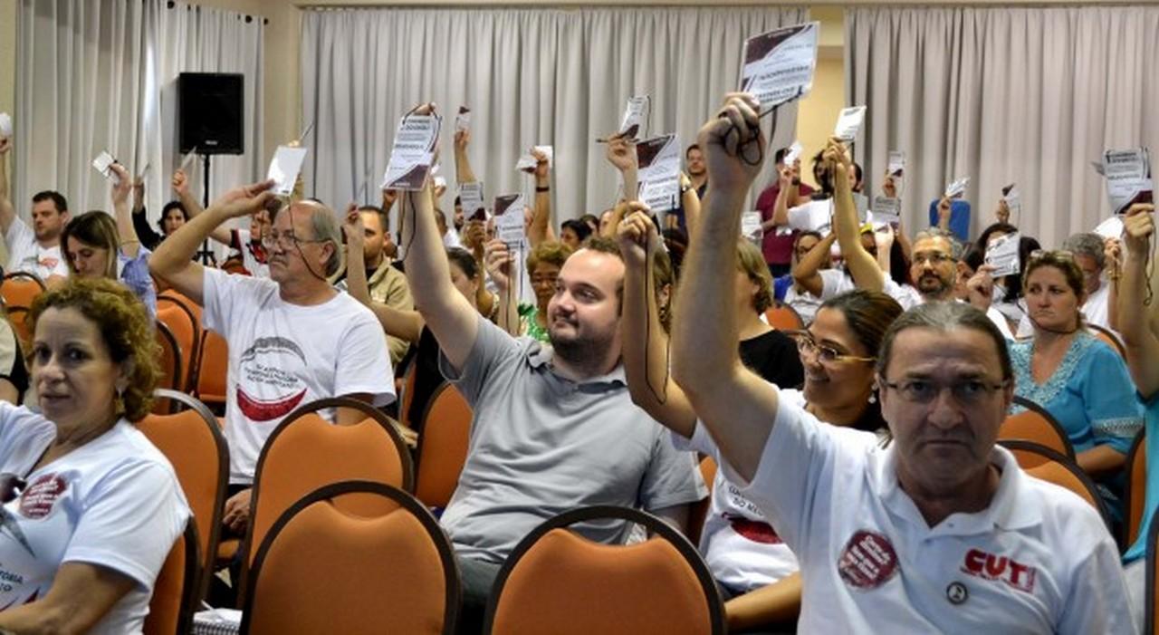 Plenário aprovou resolução final após debate I Foto: Aline Seitenfus