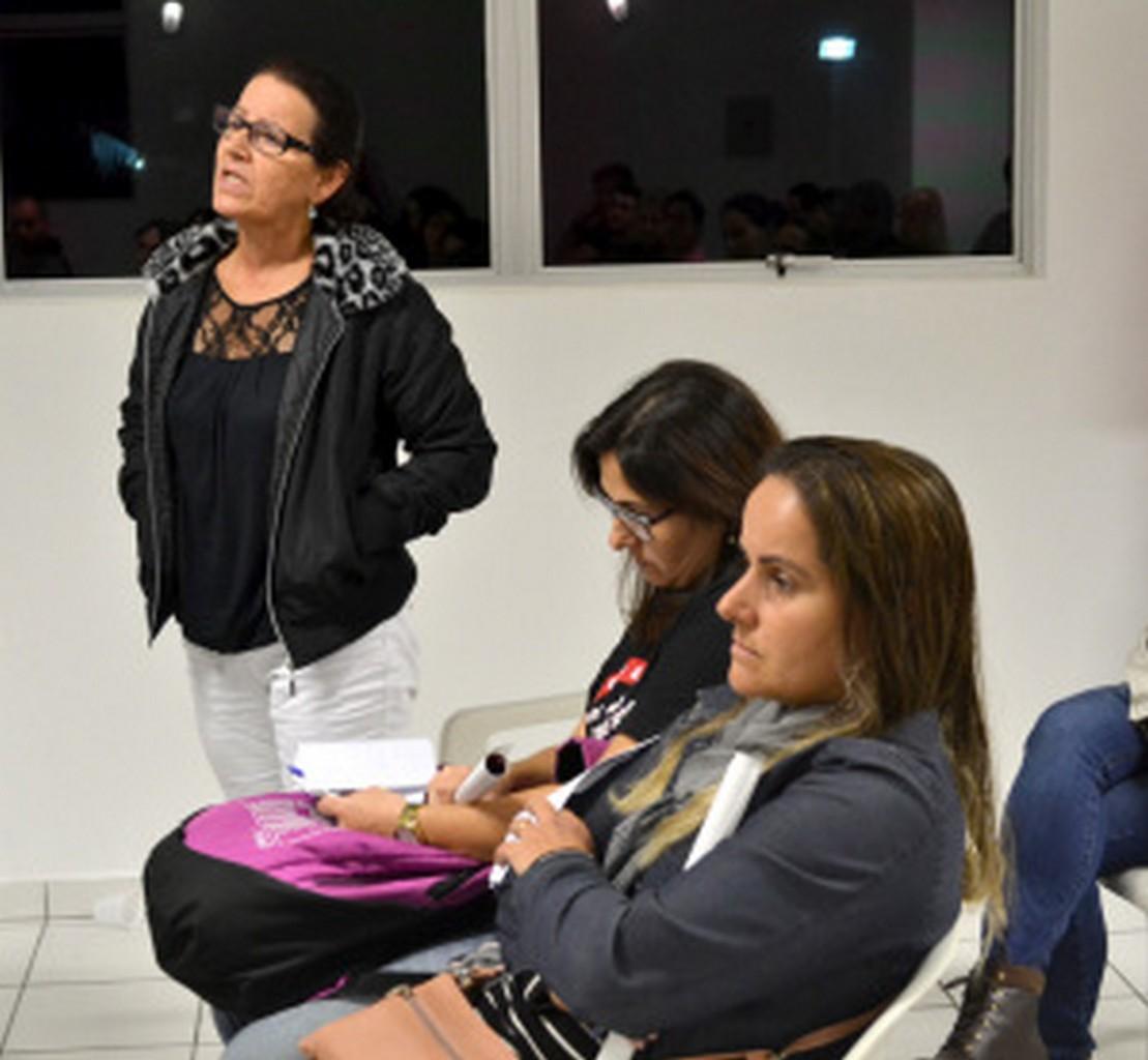 Servidores avaliaram participação da categoria I Foto: Francine Hellmann