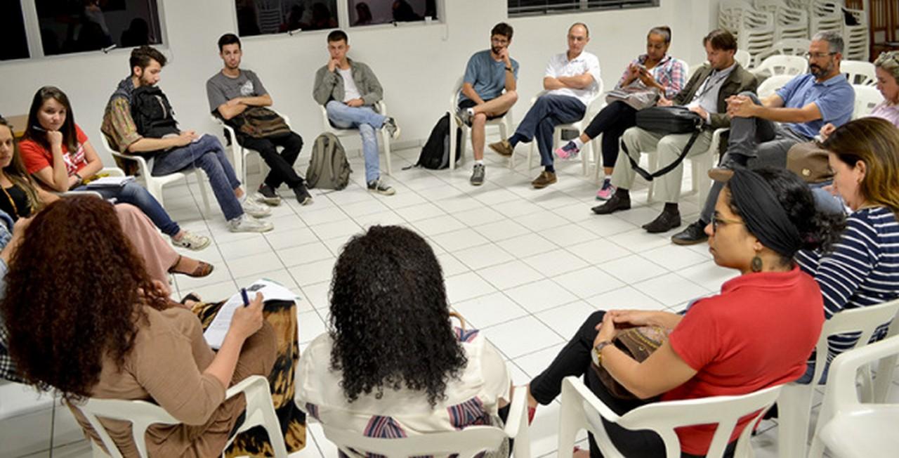 Debate envolveu Lei da Mordaça, Reforma do Ensino e Fechamento de Escolas I Foto: Francine Hellmann