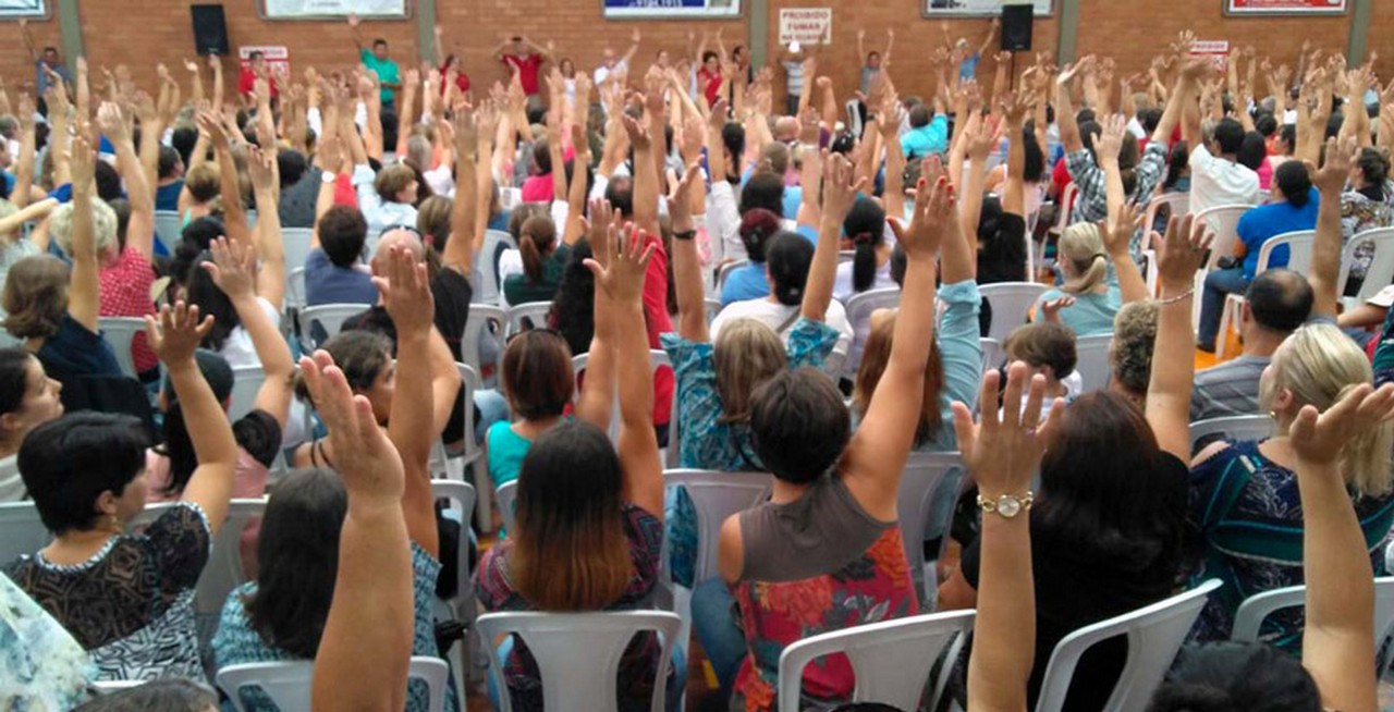 Greve continua por unanimidade l Foto: Antônio Mafra