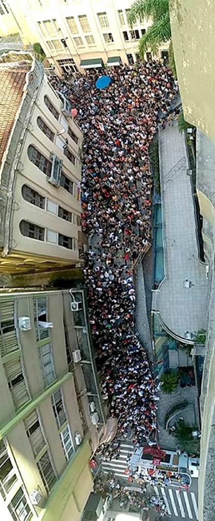 Mais de 10 mil servidores protestaram contra a aprovação do projeto   Foto: Ana Claudia Silva