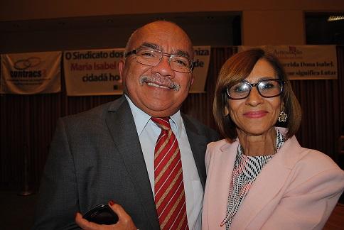 Dep. Distrital Chico Vigilante (PT/DF) e a Presidente do Sindiserviços-DF Maria Isabel