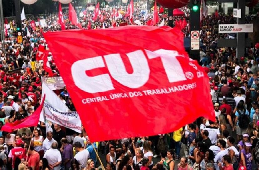 Petrobras vai encerrar atividades na Bahia, denuncia Sindipetro