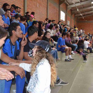 Trabalhadores e familiares prestigiam o  Torneio de Futsal realizado pelo Siticom