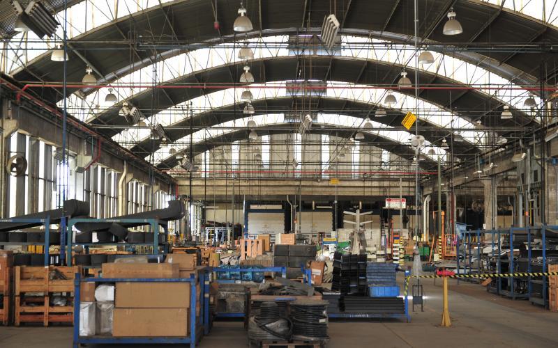 Busscar vai dobrar produção e contratar 500 pessoas até 2020 em Joinville